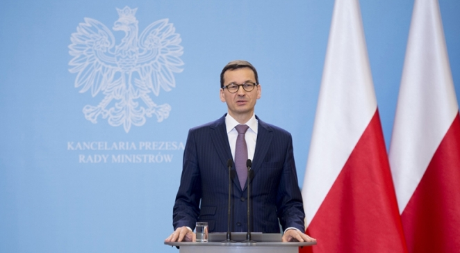 THE PREMIER OF POLAND SUPPORTED THE IDEA OF BANNING ORGANIZATIONS THAT PROMOTE TOTALITARIANISM
