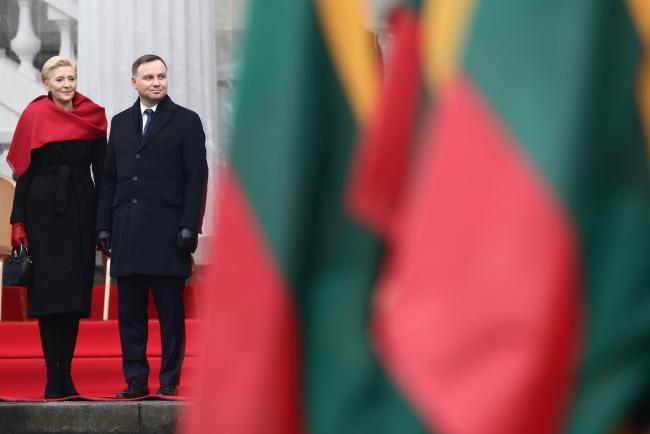 Andrzej Duda złożył Litwinom życzenia z okazji stulecia odbudowy Państwa Litewskiego