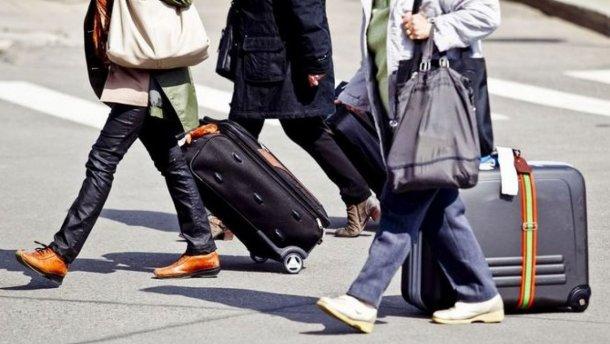 Мігранти виїжджають з Великобританії