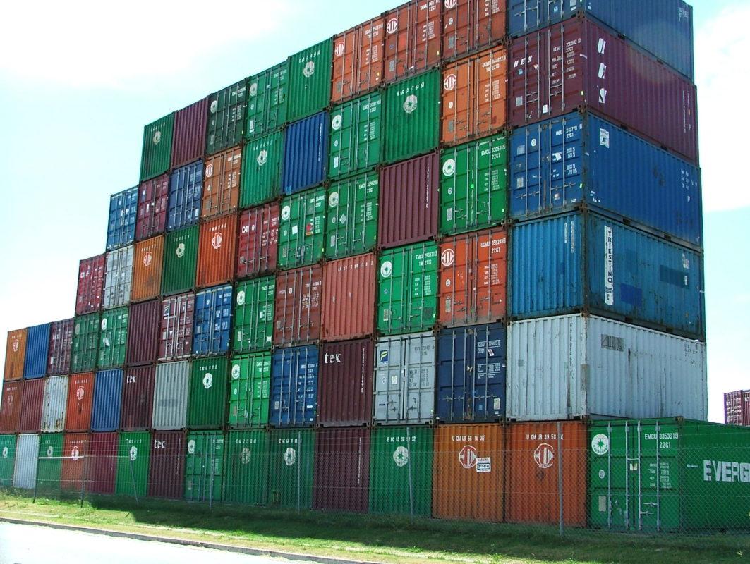 Держстат України: Експорт товарів до Польщі майже зрівнявся з Росією