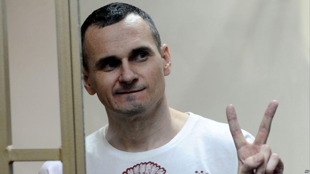 Петро Порошенко закликає міжнародну спільноту підтримати Олега Сенцова