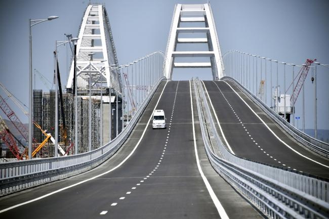 США засудили відкриття Росією мосту в Крим
