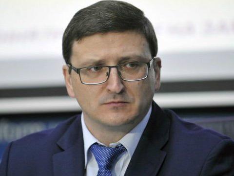 Українці повинні влаштовуватися на роботу за кордон лише через легальних посередників