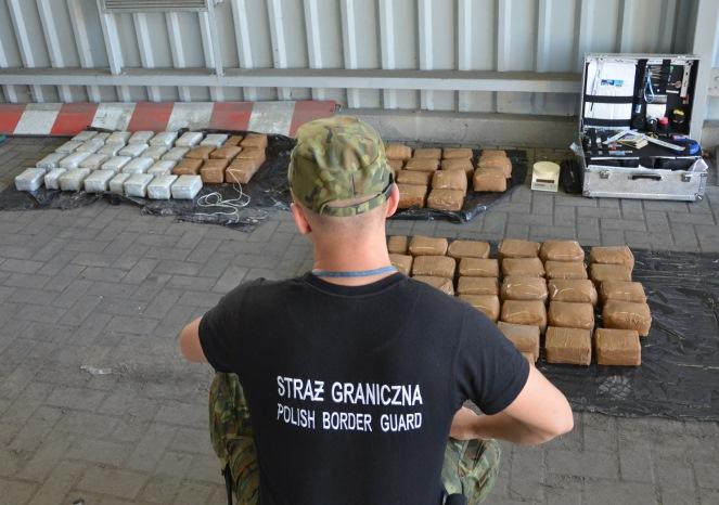 Росіянин віз через польсько-білоруський кордон понад 100 кг гашишу