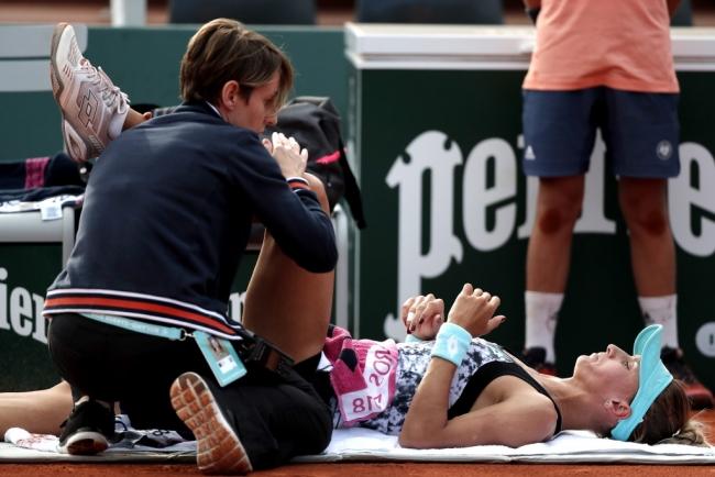 Цуренко знялася з матчу через травму після двох геймів, Мугуруса проходить до чвертьфіналу