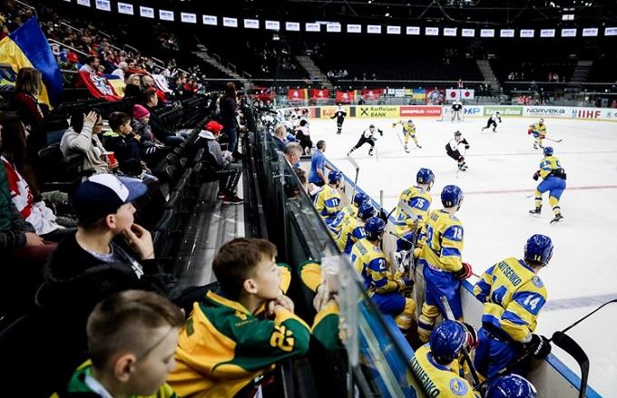 Чи є майбутнє в українського хокею: провал національної збірної та успіх юніорів