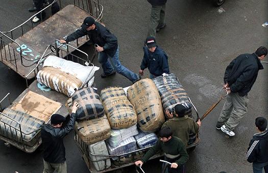 Київ обмежив прикордонну торгівлю з Польщею