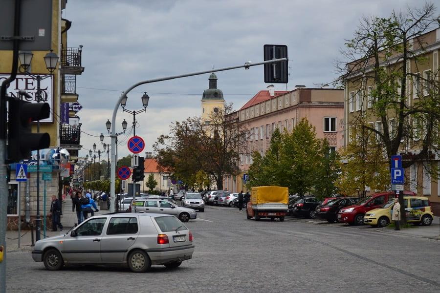 Наступні житлові райони у Вроцлаві підпадають під зону платного паркування (перелік)