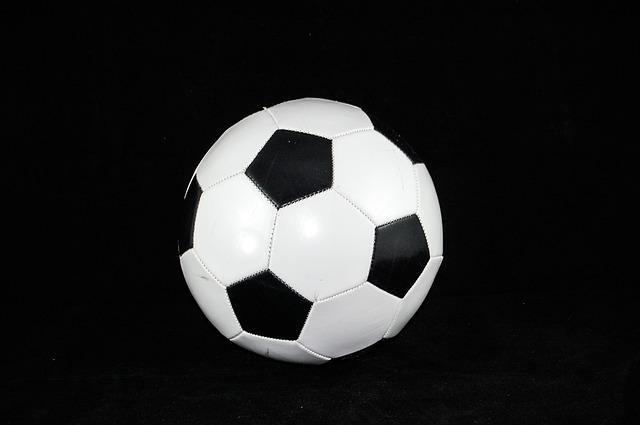 Польські футболісти, хоч і програють, – притягають мільйони