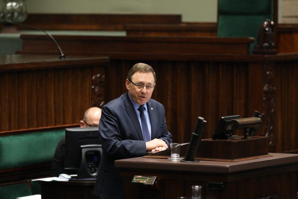 Депутат Сейму запитує уряд, навіщо армія Польщі збирає дані про нацменшини