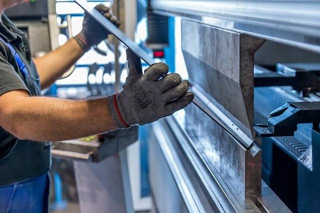 Увійшло в дію американське мито на сталь та алюміній