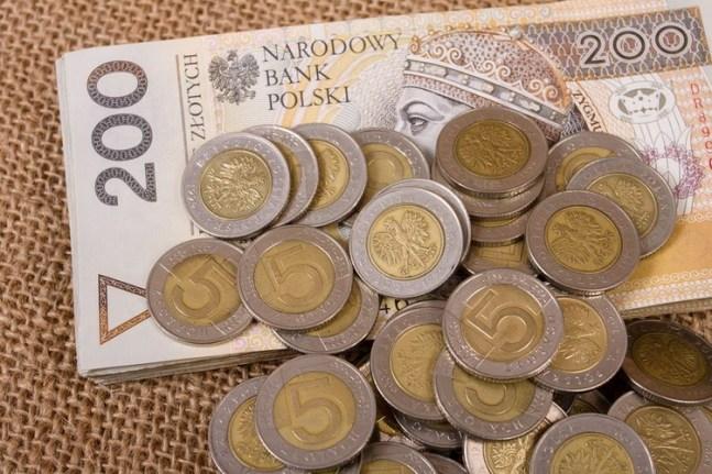 Ріст мінімальної заробітної плати в Польщі в 2019 році. Як він вплине на іноземців?