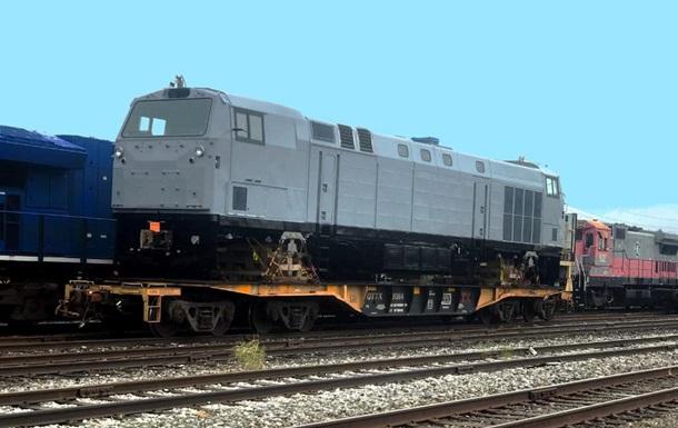 General Electric відправила в Україну перший з 30 локомотивів