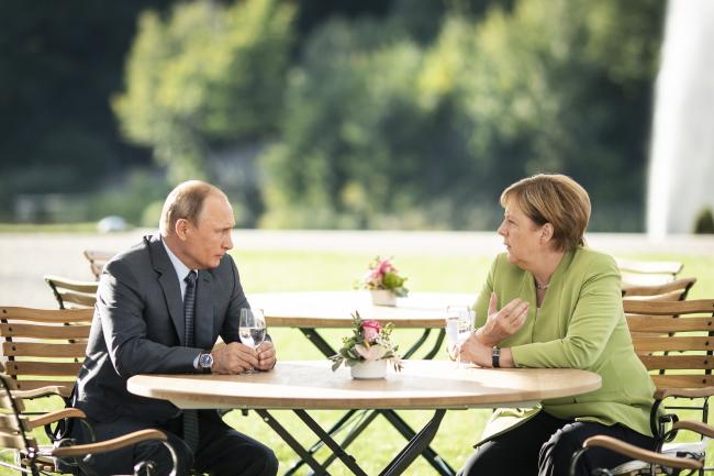 Зустріч Меркель-Путін: кінець ізоляції Росії?