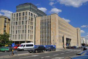 Сейм: Іноземець зможе оскаржити рішення щодо шенгенської візи у суді