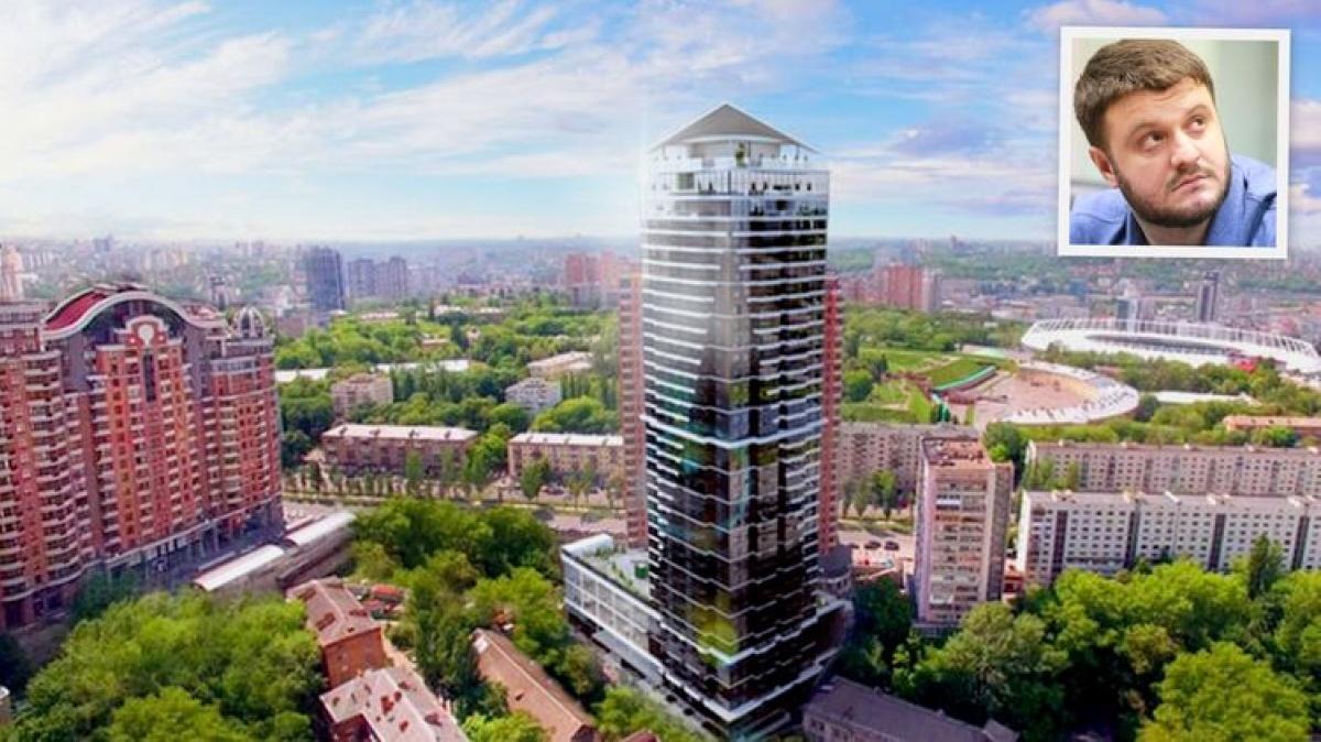 Сын Авакова купил квартиру в небоскребе с бассейном на крыше, - СМИ