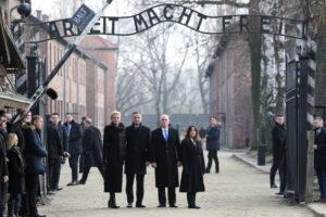 Президент Польщі та віце-президент США приїхали в Аушвіц-Біркенау