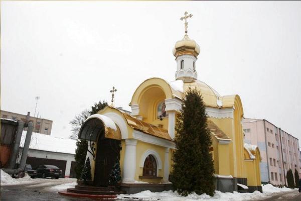 Що робить церква УПЦ Московського Патріархату на території Вінницького Главку Нацполіції?