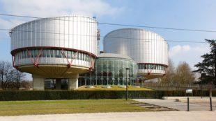 Голова МЗС Польщі проти позбавлення росіян доступу до ЄСПЛ