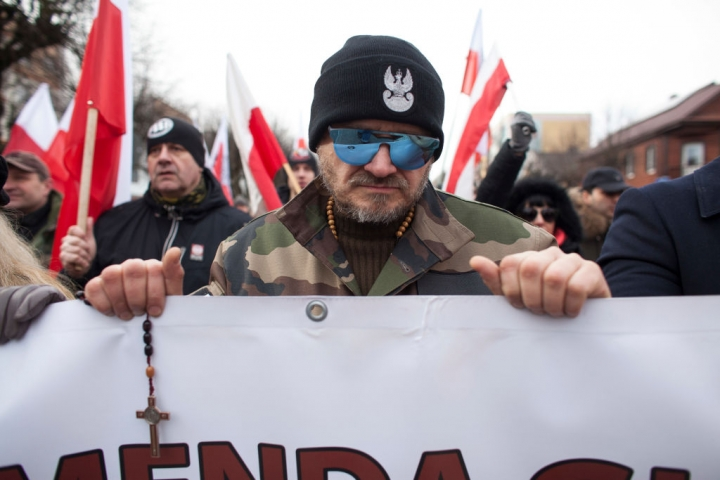 Переписування історії у Польщі, або Як відбілюють вбивць мирного населення