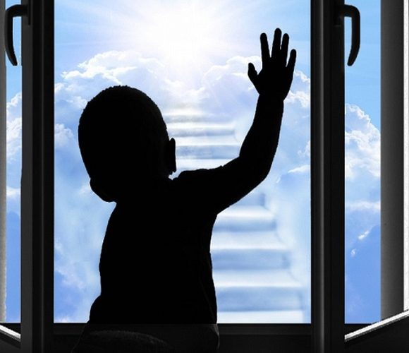 Трагедія в Лодзі: дитина випала з вікна 6 поверху