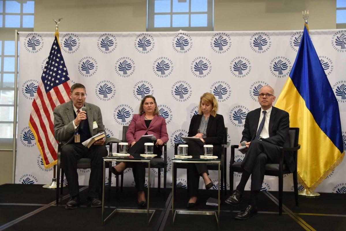 У Вашингтоні на форумі розповіли про порушення прав людини в окупованому Криму (відео)