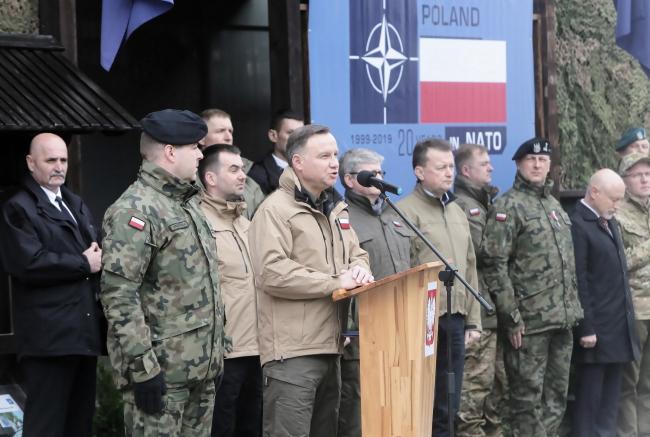 Президент, міністр оборони і начальник Генштабу зустрілися з солдатами