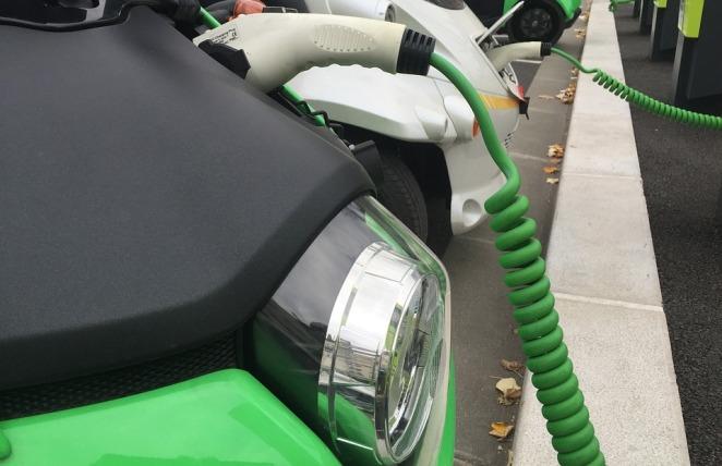5% урядових авто у Польщі мають альтернативний двигун