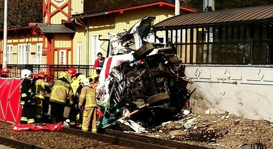 У Польщі «швидка» потрапила в ДТП: 2 людини загинули