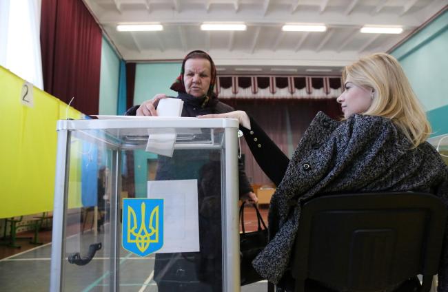 У Варшаві заявили, що не мають фаворитів на виборах в Україні