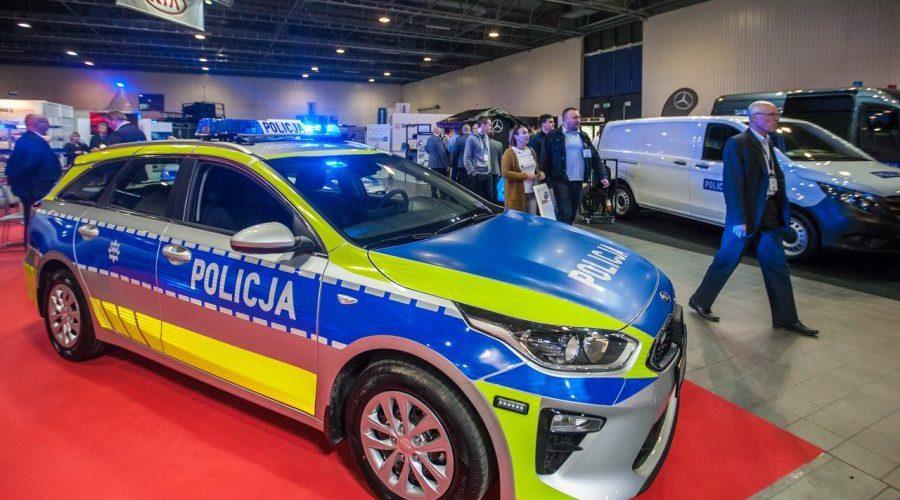 У Польщі Національна поліція отримала нові автомобілі (фото)