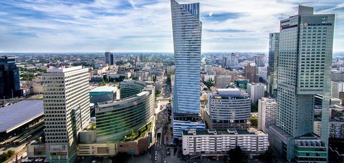 """Справжня реформа: як Польща модернізувала """"комуналку"""" і чого не вистачає Україні"""