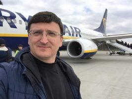 Влада повинна робити кроки, щоб захистити українців, які працюють за кордоном