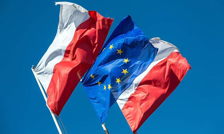 Польша предостерегает страны ЕС от сближения с Россией