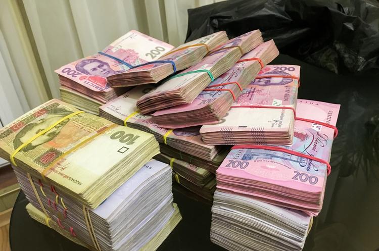 Вийти з тіні: українцям дозволять легалізувати сірі доходи за пільговою ставкою