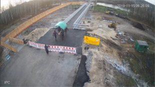 Жители «ЛНР» украли лавку и инвалидные кресла с моста в Станице Луганской