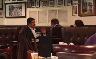 Помощник Зеленского встречался в Киеве с экс-советником Трампа