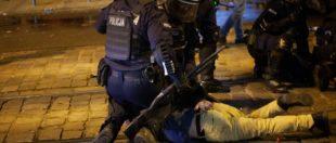 У Вроцлаві поліція з водометами та сльозогінним газом розігнала Марш Незалежності (фото та відео)