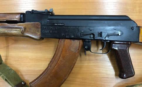 Должник за коммуналку в Киеве отстреливался от возмущенных соседей