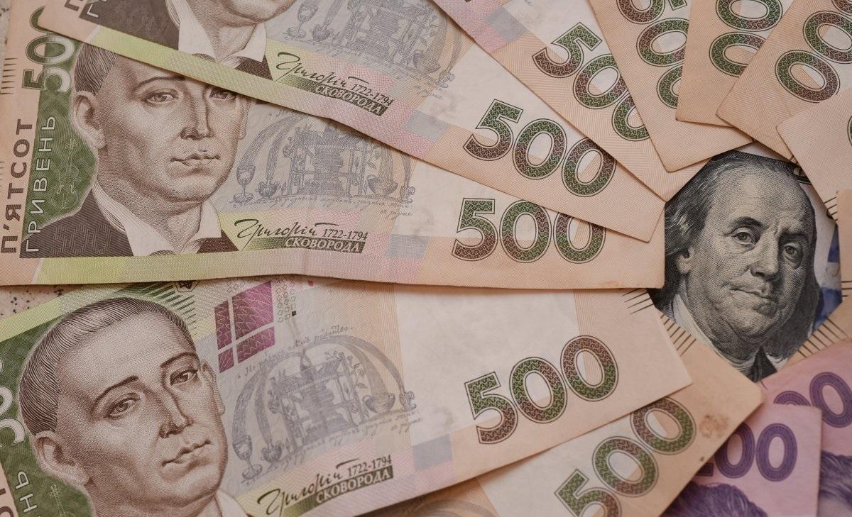 ФОПам заборонили витрачати кошти з бізнес-рахунку на особисті потреби