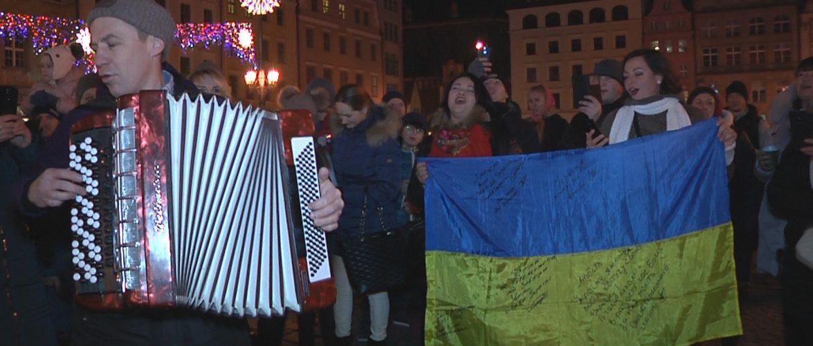 Українці у Польщі заспівали колядки на Різдво (відео)
