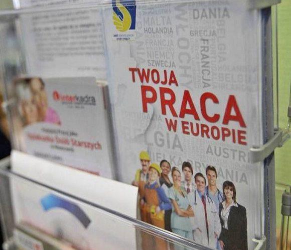 Польським роботодавцям буде дедалі важче знайти працівників з України