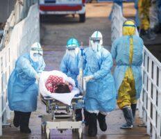 Польські лікарі летять до Італії, аби набратися досвіду і допомогти місцевим медикам