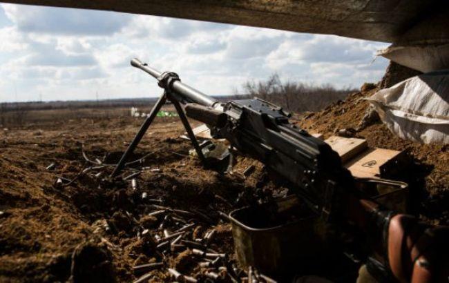 За сутки на Донбассе 7 раз нарушили режим «тишины», двое военных ранены — штаб