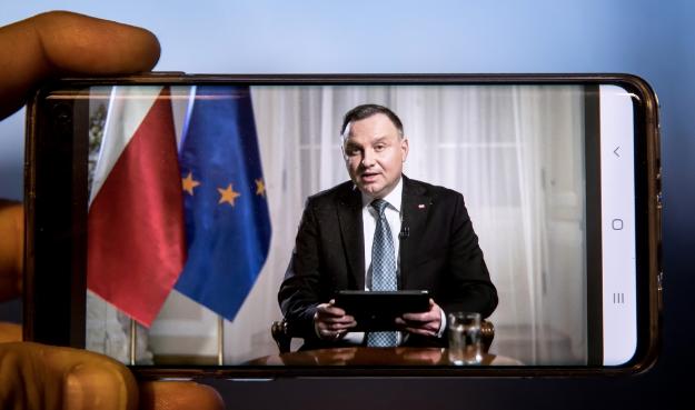 Президент Польщі не думає, що до Великодня вдасться побороти коронавірус