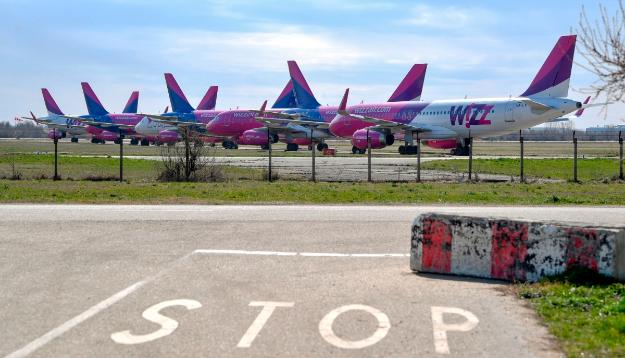 Wizz Air закриває свої бази у Польщі