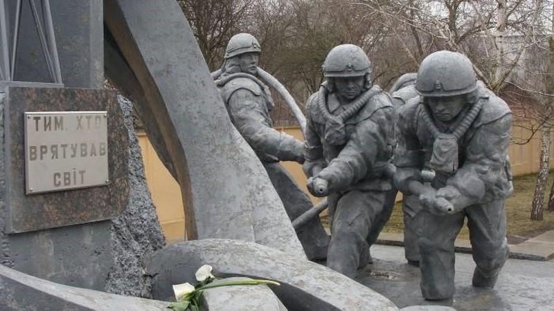 Трое водолазов, нырнувших под раскаленный реактор Чернобыля и спасших всю Европу