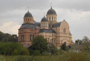 На Волині передали два храми громадам, які перейшли до Православної церкви України