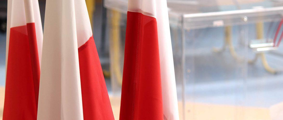 У Польщі закінчилося голосування на президентських виборах (ДАНІ ЕКЗИТ-ПОЛУ)