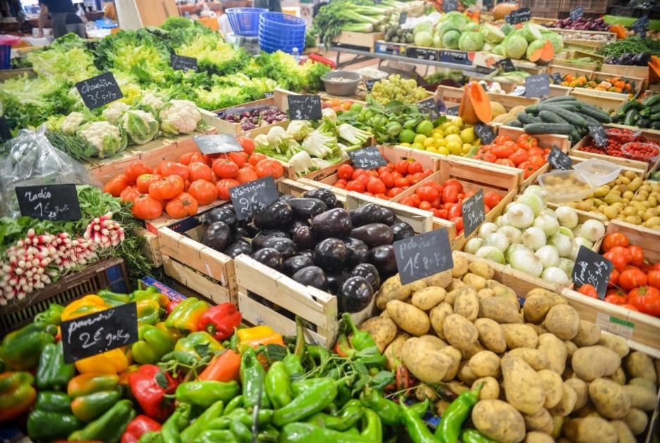 Щодесята партія овочів і фруктів у Польщі має невірну інформацію про країну-походження